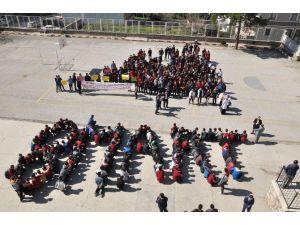 130 Öğrenciden 'Kadınlar Günü'ne Özel Yazı