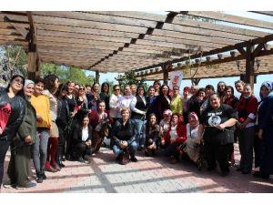 Antalyalı Kadın Gazeteciler Kahvaltıda Buluştu