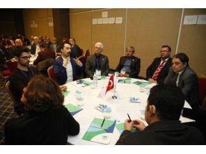 Odunpazarı Belediyesi'nin Çalıştayına İşitme Engelliler De Katıldı