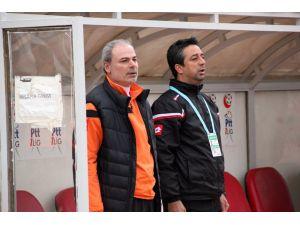 Lider Adanaspor, Altınordu'ya hazırlanıyor