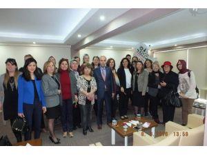 Kadın Girişimciler İcra Kurulu 'Yönetimde Kadın' Semineri Düzenledi