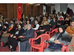 Kars Belediyesi Kadınları Unutmadı