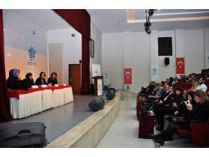 NEÜ'de Kadına Şiddet, Göç Ve Mülteciler Paneli