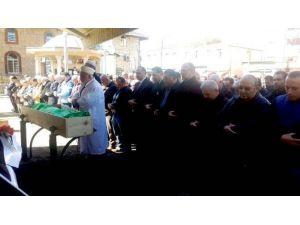 Prof. Dr. İsmet Berber Sürmene'de Toprağa Verildi