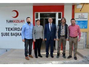 Vali Salihoğlu'ndan Kızılay Derneği'ne Ziyaret