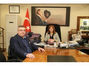 Kesimoğlu'ndan Meclis Üyesi Büyükdere'ye Jest