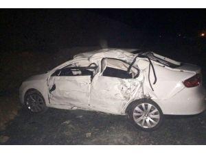 LPG Yüklü Tanker İle Otomobil Çarpıştı: 4 Yaralı