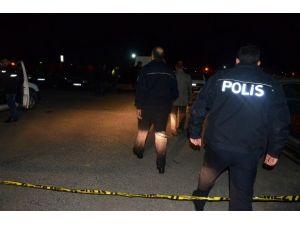 Hastane Otoparkında Silahlı Kavga: 3 Yaralı