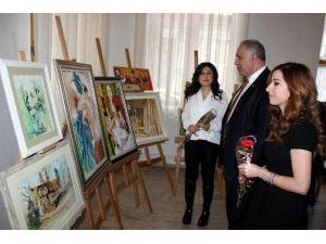 Salihli'de Kadınlar Gününe Özel Sergi