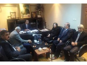 AK Parti'den Bakkallar Odası'na Ziyaret