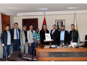 Yedirenk Öğrenci Derneğinden Başkan Karakullukçu'ya Ziyaret