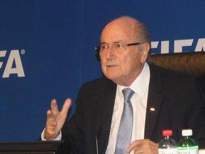 Fransa Futbol Federasyonu'nda Blatter araması