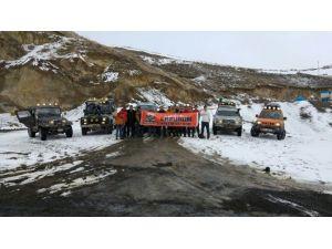 Erzurum Macera Off Road Kulübü, Kurtarma Tatbikatı Gerçekleştirdi