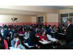 Başkan Tutal'dan Değerler Eğitimi Semineri