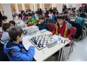 Trabzon'da Kış Spor Okulları Arı Gibi