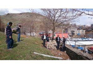 Eş Başkan Dinar Mezarlık Çalışmalarını İnceledi
