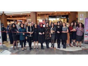 Şanlıurfa Piazza'da 'Ve Kadın' Fotoğraf Sergisi Açıldı