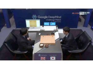 İnsanoğlu ile yapay zeka arasındaki mücadelede ilk maçı Google kazandı