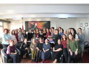 SGK İl Müdürü Acar, 8 Mart Dünya Kadınlar Gününü Kutladı