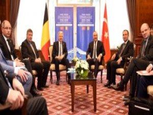 Çavuşoğlu'ndan AB'ye Sert Tepki: Sanki Türkiye Para Dileniyor