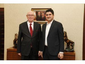 CHP İstanbul Milletvekili Onursal Adıgüzel Odunpazarı'nı Ziyaret Etti