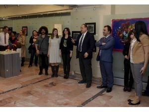 ESOGÜ Sanat Galerisi'nde 8 Mart Dünya Kadınlar Günü Sergisi Açıldı