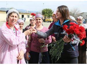 Başkan Çerçioğlu, Emekçi Kadınları Unutmadı
