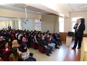 Başkan Kutlu, Mesleki Deneyimlerini Öğrencilerle Paylaştı