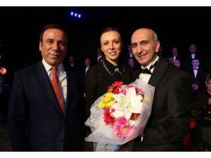 Canik'te Kadınlara Konserli Kutlama