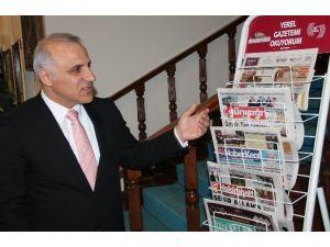 Elazığ Valisi'nden 'Yerel Gazetemi Okuyorum' Projesine Destek