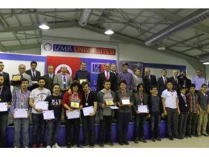 Bilgisayar Olimpiyatı'nda Yamanlar Sekiz Madalya Kazandı