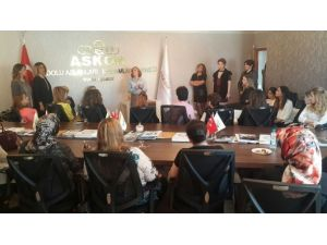 ASKON'dan Sığınma Evlerinde Kalan Kadınlara Motivasyon Semineri