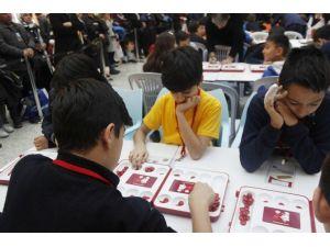 Gençler Ata Mirası Mangala Oyununu Sevdi