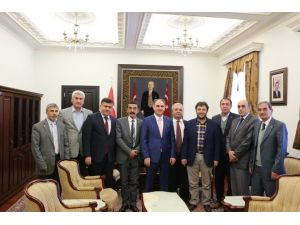 Isparta'da 6 Siyasi Parti Bayırbucak Türkmenleri İçin Biraraya Geldi