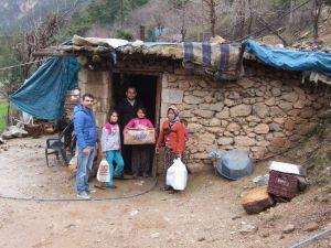 Bir Anne Ve Üç Çocuğunun Yaşam Savaşı