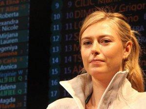 Sharapova'ya sürpriz sponsor desteği