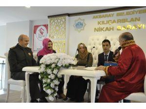 Aksaray'da Toplu Nikah Töreni Gerçekleştirildi