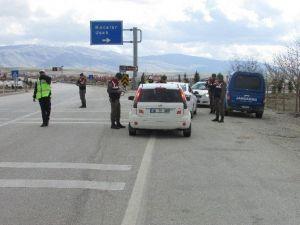 Sandıklı'da Jandarma Ve Polisten Ortak Güvenlik Uygulaması