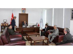 Vali Ali Fidan, Yığılca Belediye Başkanı Yiğit'i Ziyaret Etti