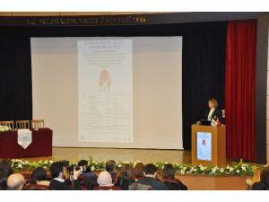 """Prof. Dr. Rümeyza Kazancıoğlu: """"Her 7 Kişiden Biri Kronik Böbrek Hastası"""""""