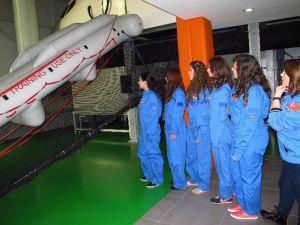 THK Kız Öğrencilerle Iftc'yi Gezdi