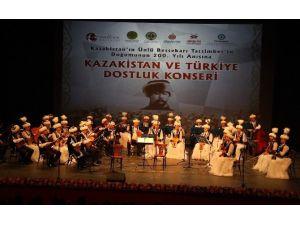 Kazakistan Ve Türkiye Dostluk Konseri Düzenlendi