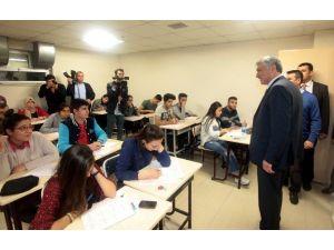 Karalar'dan YGS Hazırlık Öğrencilerine Moral Ziyareti