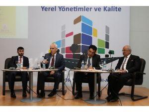 Bozbey Ankara'da Nilüfer'i Anlattı