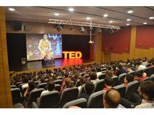 Basketbolcu Necati Güler, Öğrencilerle Buluştu