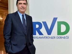"""Ahmet Pura: """"Yumruk Sıkarsak El Sıkışamayız"""""""