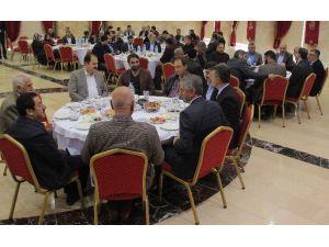 18 Tır UN Suriyeye Ulaştırıldı
