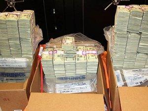 2 Harf Yüzünden Hırsızlık Fark Edildi, 850 Milyon Dolardan Oldular