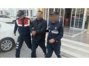 Jandarma, 8 ayrı suçtan aranan şahsı yakaladı