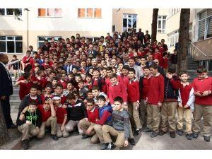 Öğrencilerden Başkan Çelik'e Büyük İlgi